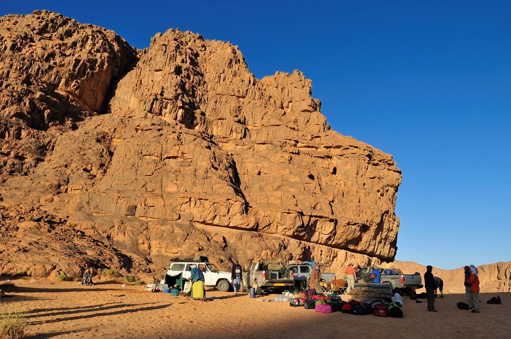 Stock Photo: 1848-610655 Tourist camp on Tasset Plateau, Tassili n´Ajjer National Park, Unesco World Heritage Site, Wilaya Illizi, Algeria, Sahara, North Africa