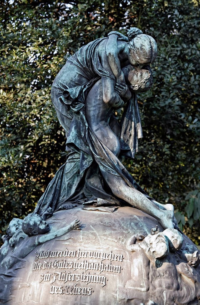 Stock Photo: 1848-611013 Mourning Woman hugging her son, historic grave sculpture, Nordfriedhof Cemetery, Duesseldorf, North Rhine_Westphalia, Germany, Europe