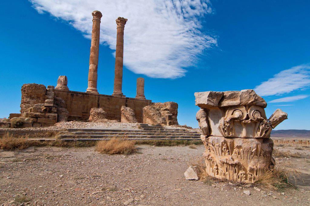The Roman ruins of Timgad, Unesco World Heritage Site, Algeria, Africa : Stock Photo