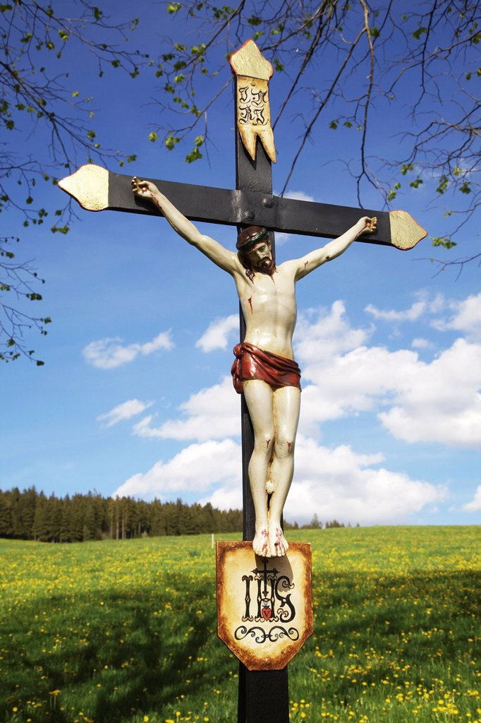 Stock Photo: 1848-611832 Wayside metal cross near Breitnau in the Black Forest, Baden_Wuerttemberg, Germany, Europe