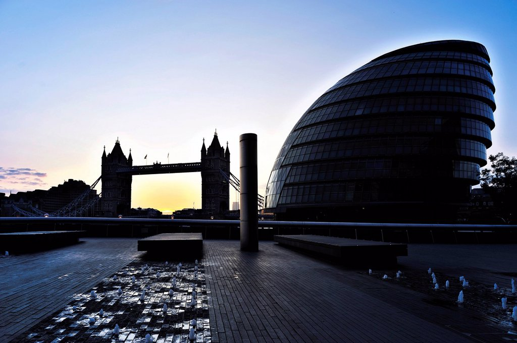 Stock Photo: 1848-613229 The Tower Bridge and the City Hall in the morning, London, England, United Kingdom, Europe