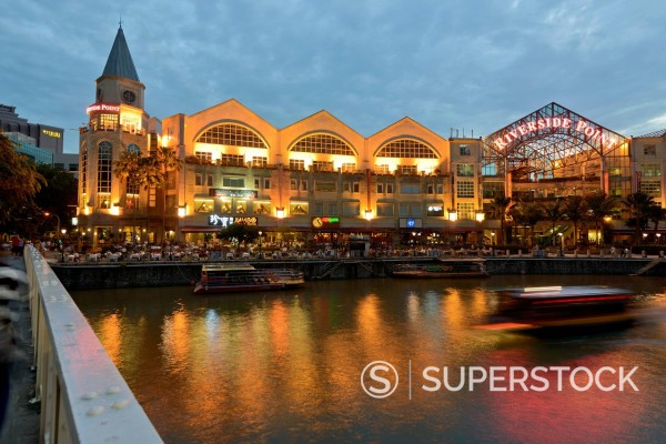 Stock Photo: 1848-621426 Bridge over the Singapore River, Read Street, passage to the hip party quarter at Clarke Quay, at night, dusk, Singapore, Southeast Asia, Asia
