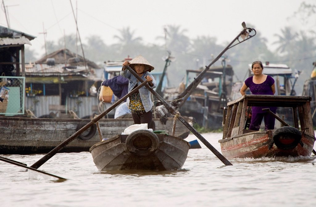 Stock Photo: 1848-621689 Floating market of Can Tho in the Mekong Delta, South Vietnam, Vietnam, Southeast Asia, Asia