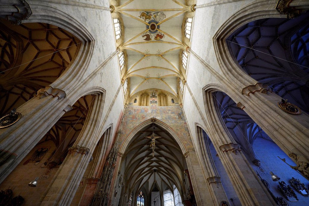 Wall fresco, fresco of the Last Judgement above the quire arch, vaulted ceilings, ceiling view, church ceiling in the nave, network of ribs, starry sky in the side aisle, interior view, Ulmer Muenster, Ulm Minster, Ulm, Baden_Wuerttemberg, Germany, Europe : Stock Photo