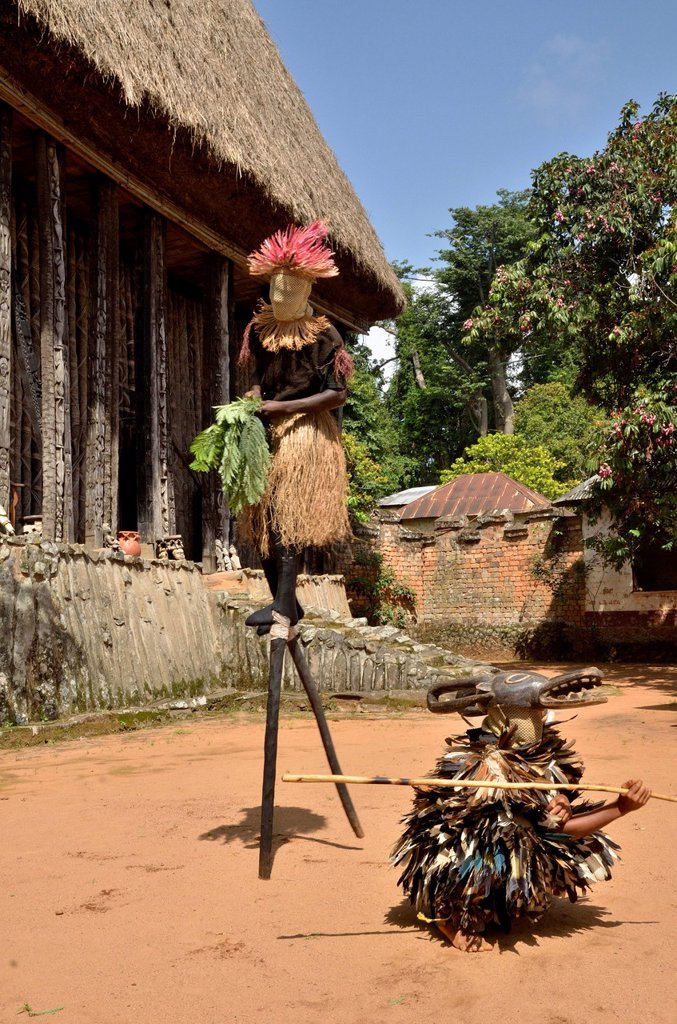 Stock Photo: 1848-625190 Traditional dance at the palace of Bafut, one of the traditional kingdoms of Cameroon, near Bamenda, north west Cameroon, Central Africa, Africa