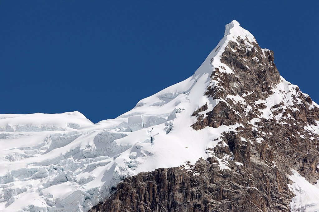 Stock Photo: 1848-625312 Glaciated peak, Cordillera Huayhuash, mountain range, Andes, Peru, South America