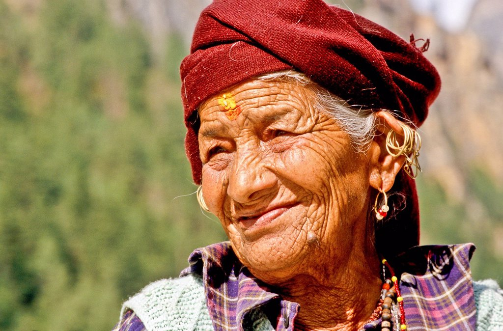 Stock Photo: 1848-626884 Portrait of an old woman, visiting the temple of Gangotri as a pilgrim, Uttaranchal, India, Asia