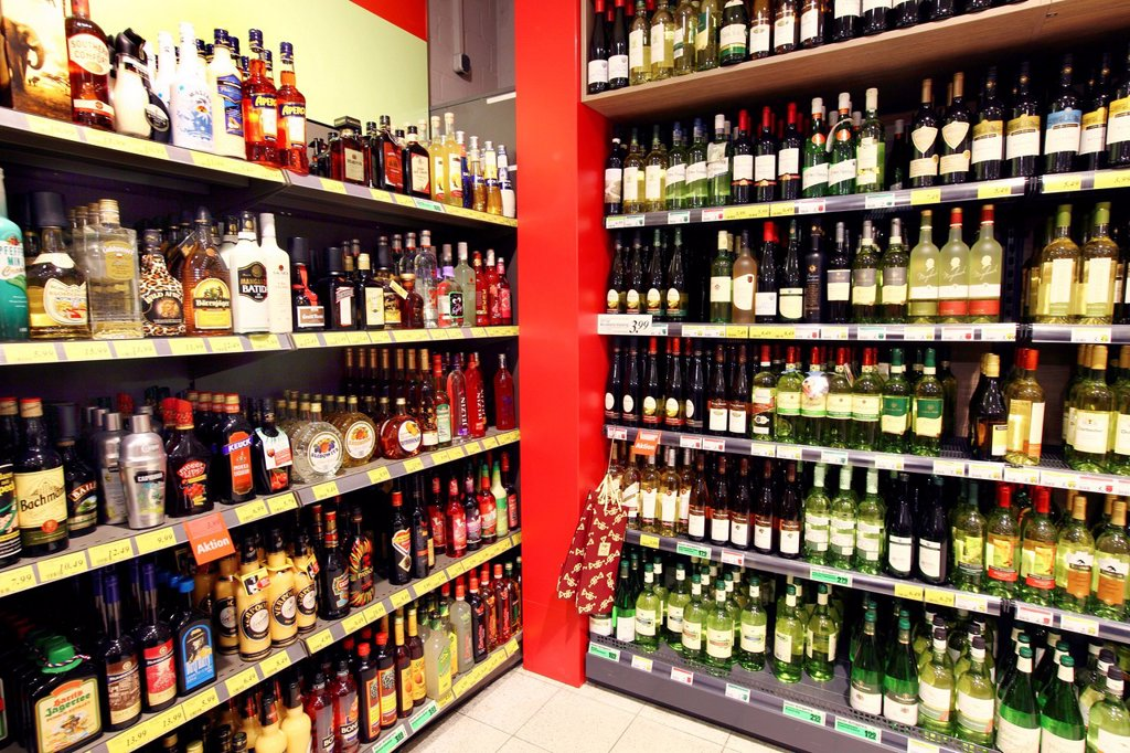 Beverage section, alcoholic beverages, self_service, food department, supermarket, Germany, Europe : Stock Photo