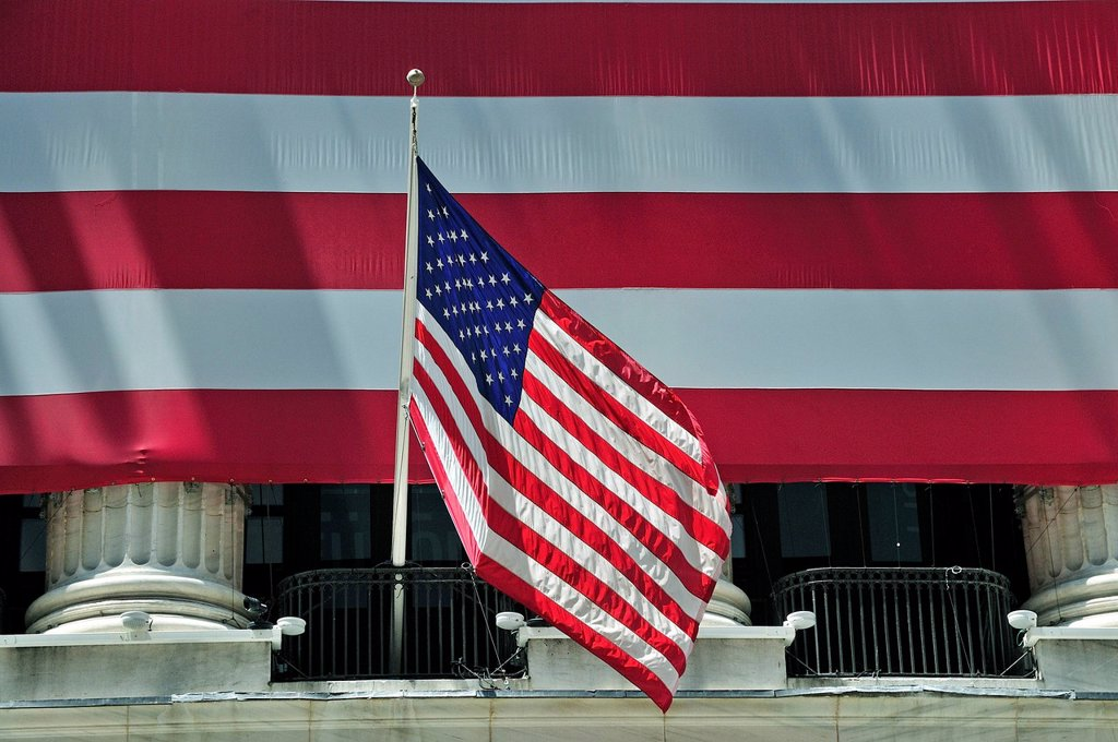 Stock Photo: 1848-629149 Facade of the New York Stock Exchange with an US_American national flag, Wall Street, Financial district, Manhattan, New York, USA, North America, PublicGround