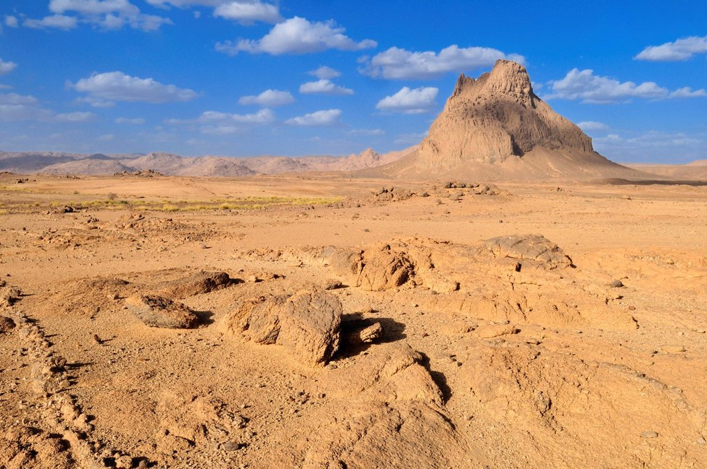 Stock Photo: 1848-629916 Remains of a volcano in granite landscape, Hoggar, Ahaggar Mountains, Wilaya Tamanrasset, Algeria, Sahara, North Africa