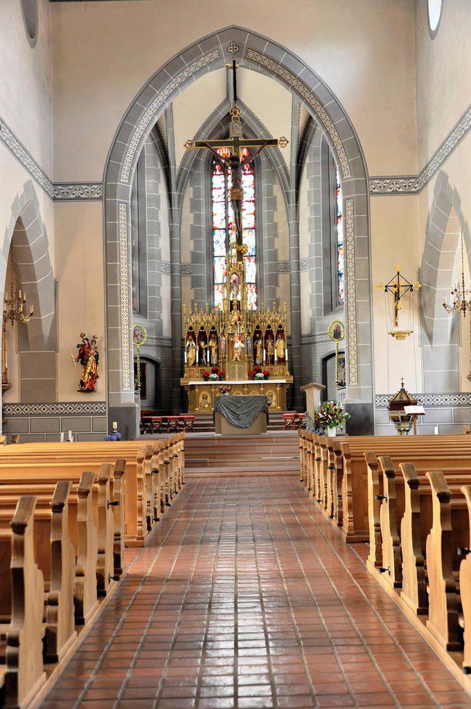 Stock Photo: 1848-630643 Interior view with altar area, parish church of St. Martin, Staufen im Breisgau, southern Black Forest, Baden_Wuerttemberg, Germany, Europe