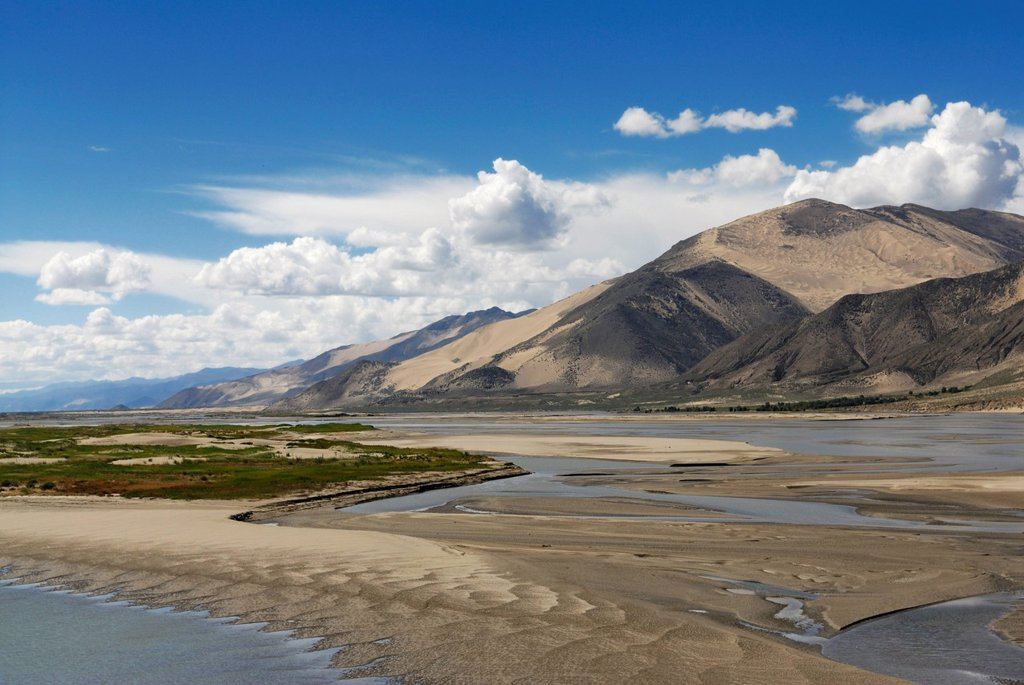 Stock Photo: 1848-631305 Mountain landscape, Yarlung Tsangpo, Tibet, China, Asia