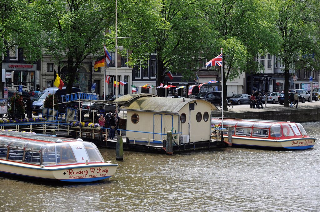 Stock Photo: 1848-631749 Excursion boats, canal, Amsterdam, The Netherlands, Europe