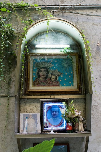 Yard shrine in a courtyard in the historic centre of Naples, Campania, Italy : Stock Photo