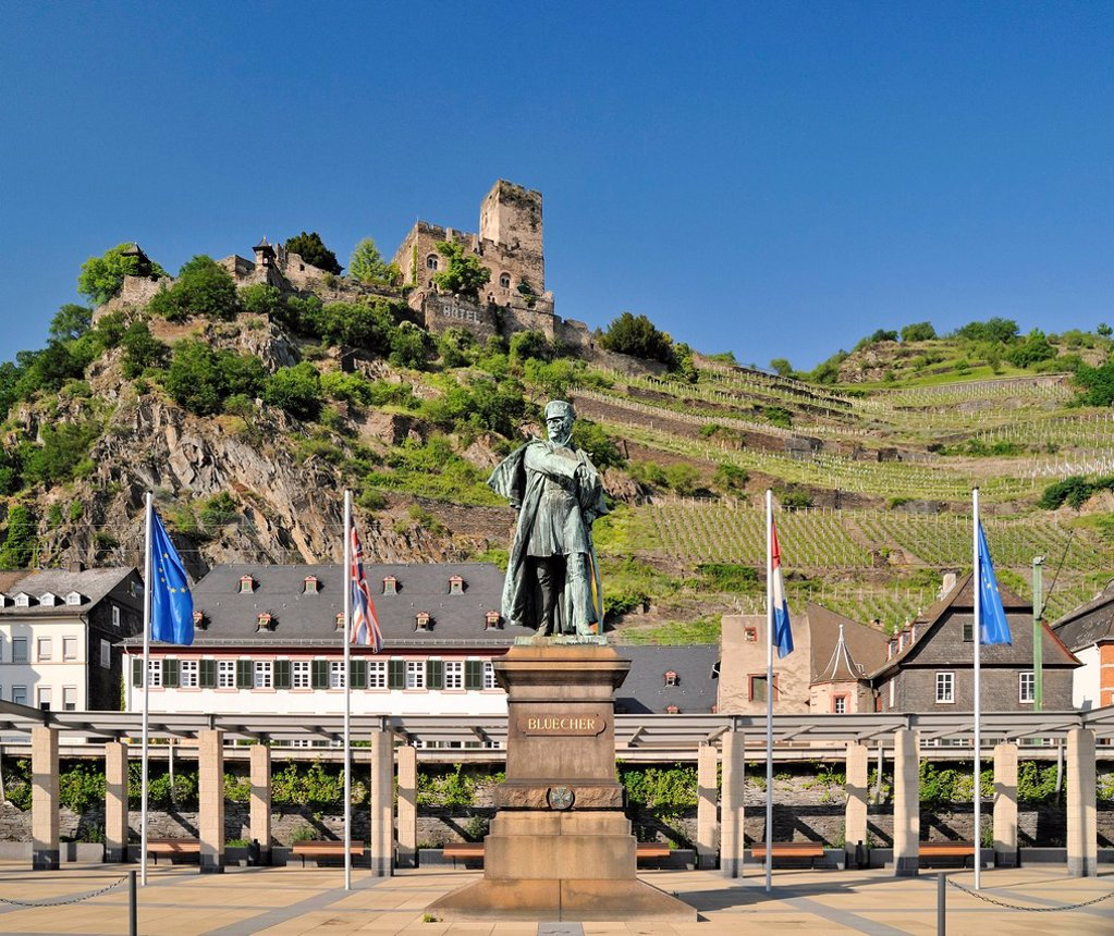 Stock Photo: 1848-646497 Statue of Gebhard Leberecht von Bluecher and Gutenfels Castle, Kaub, Upper Middle Rhine Valley, a UNESCO World Heritage Site, Rhineland_Palatinate, Germany, Europe