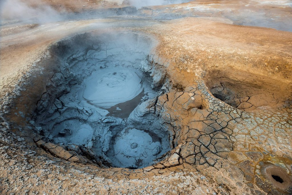 Stock Photo: 1848-647260 Solfataras, fumaroles, mud pools, sulfur and other minerals, steam, Hveraroend geothermal area, Námafjall mountains, Mývatn area, Norðurland eystra, the north_east region, Iceland, Europe
