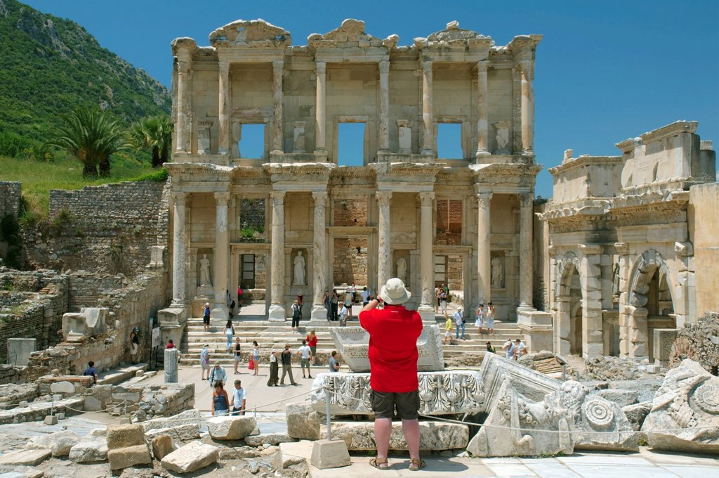 Stock Photo: 1848-648266 Library of Celsus, antique city of Ephesus, Efes, Turkey, Western Asia