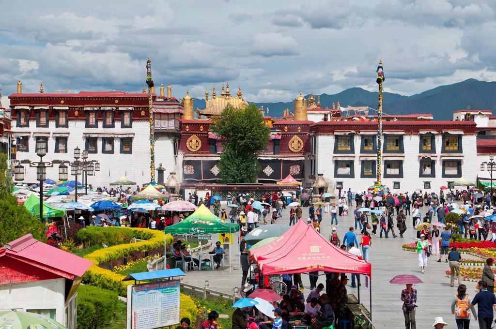 Jokhang Temple, Lhasa, Tibet, Asia : Stock Photo