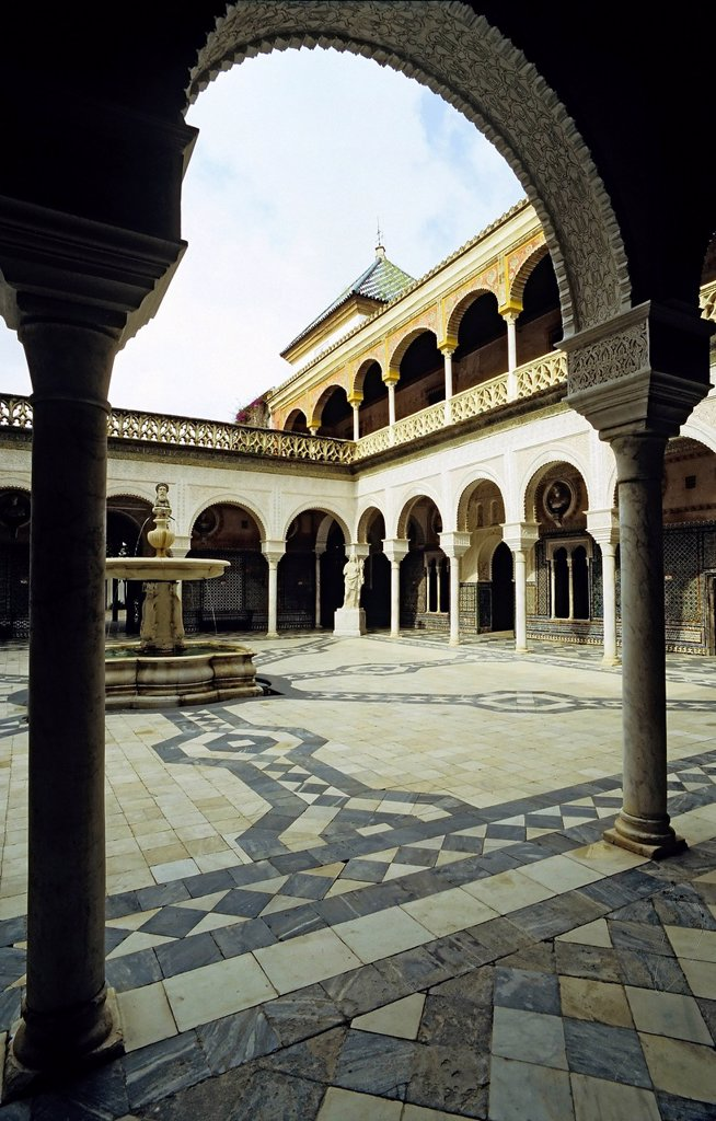 Arcade court with a fountain, Casa de Pilatos palace, Pilate´s House, Seville, Andalusia, Spain, Europe : Stock Photo