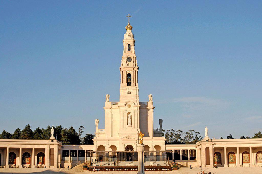 Pilgrimage church Santuário de Fátima, Fatima, Estremadura, Portugal, Europe : Stock Photo