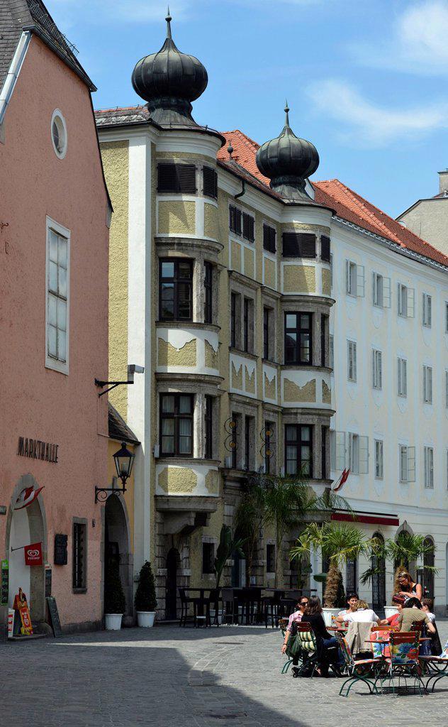 Stock Photo: 1848-654734 Market hall, cafe, historic district, Linz, Upper Austria, Austria, Europe, PublicGround