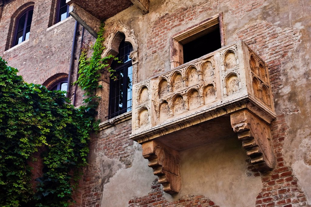 Stock Photo: 1848-654869 Juliet´s balcony, Casa di Giulietta, Juliet´s House, Verona, Italy, Europe