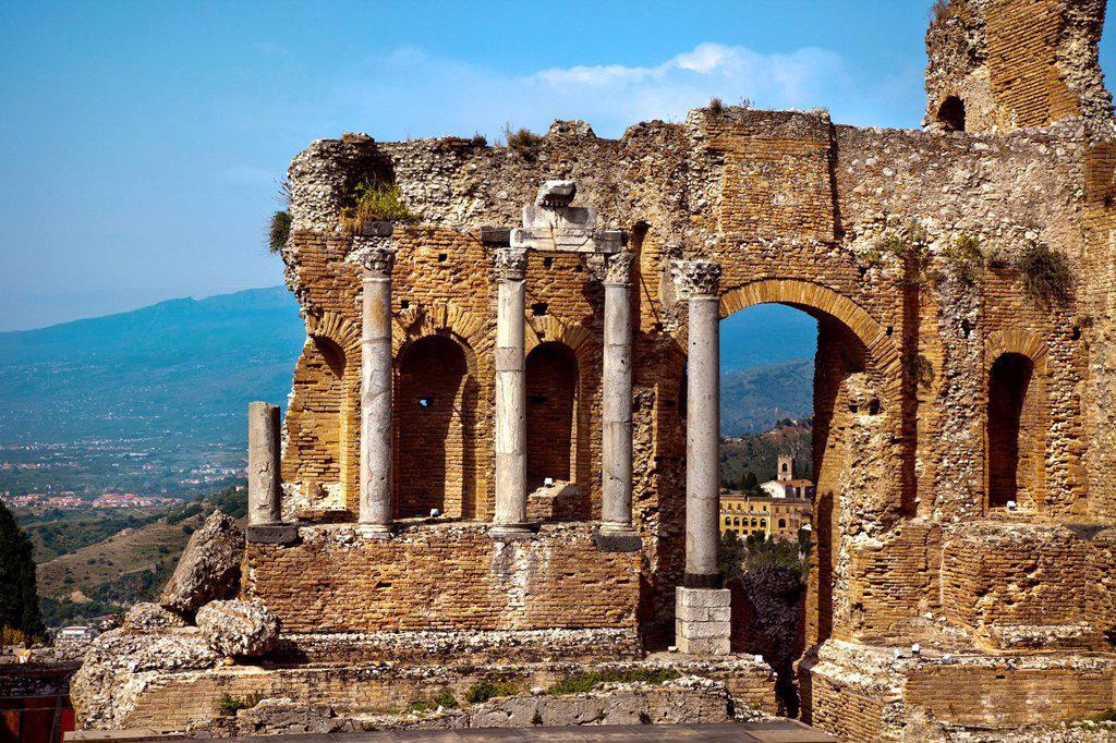 Stock Photo: 1848-655256 Teatro Greco, Etna, Taormina, Sicily, Italy, Europe
