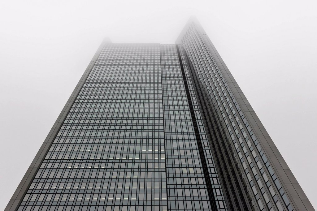 Stock Photo: 1848-655290 Deka Bank headquarters in the fog, Frankfurt am Main, Hesse, Germany, Europe