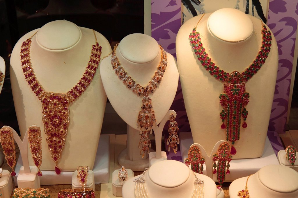 Stock Photo: 1848-657298 Necklaces with rubies and emeralds, gold market, Dubai, United Arab Emirates, Middle East