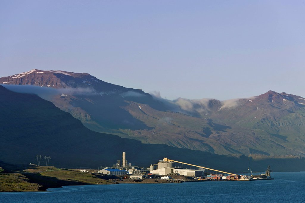 Stock Photo: 1848-657845 Aluminum plant near Fjarðabygð, Iceland, Europe