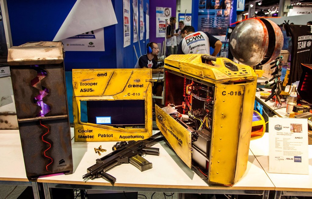 Stock Photo: 1848-658146 Computer hardware design in a military_style, games computer for action games, first_person shooter, Gamescom, the world´s largest trade fair for interactive entertainment, video games and computer games, Cologne, North Rhine_Westphalia, Germany, Europe