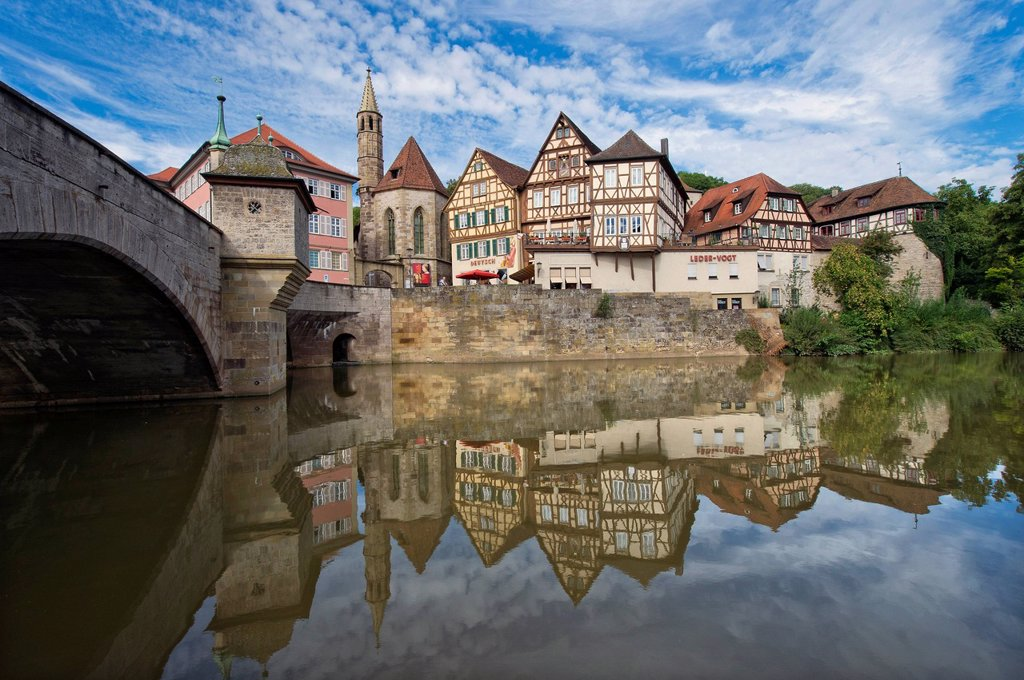 Kocher River, Henkersbruecke bridge, historic district of Schwaebisch Hall, Hohenlohe region, Baden_Wuerttemberg, Germany, Europe : Stock Photo