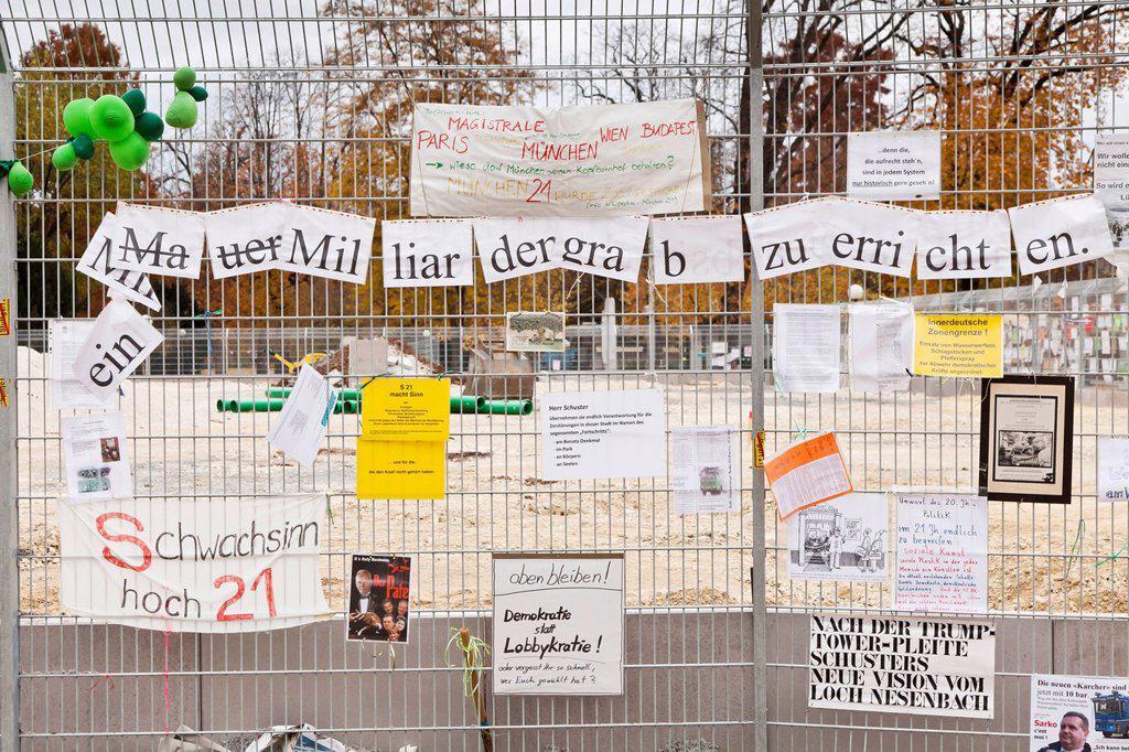 Stock Photo: 1848-659475 Protest posters against Stuttgart 21 railway project on a site fence in the Schlossgarten, castle gardens, Stuttgart, Baden_Wuerttemberg, Germany, Europe