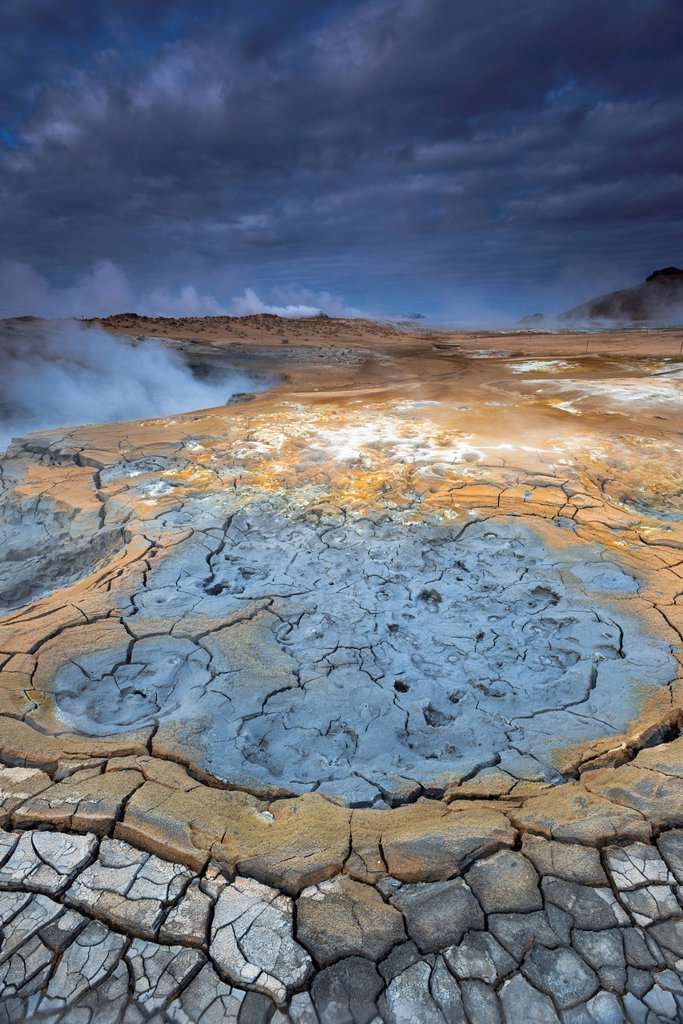 Stock Photo: 1848-659968 Solfataras, fumaroles, mud pools, sulfur and other minerals, steam, Hveraroend geothermal area, Námafjall mountains, Mývatn area, Norðurland eystra, the north_east region, Iceland, Europe