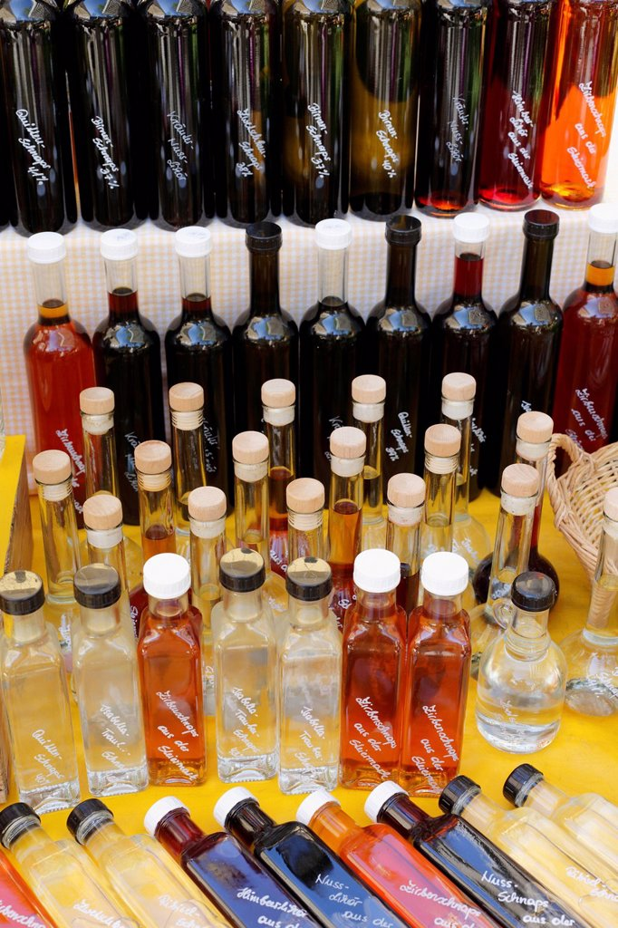 Stock Photo: 1848-661063 Liqueur bottles, farmers´ market at Kaiser_Josef_Platz square, Graz, Styria, Austria, Europe