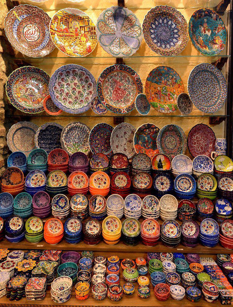 Stock Photo: 1848-662193 Colorful chinaware, indoor spice bazaar, Egyptian bazaar, Eminoenue, Istanbul, Turkey, Europe, PublicGround