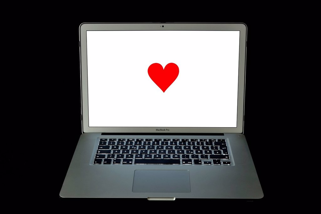Stock Photo: 1848-662872 Heart, online dating, Apple MacBook Pro, laptop computer