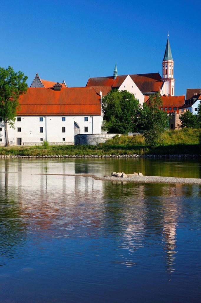 Stock Photo: 1848-665131 Herzogschloss Castle and Karmelitenkirche, Carmelite Church, Danube River, Straubing, Lower Bavaria, Germany, Europe
