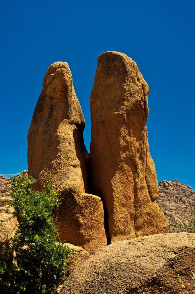 Stock Photo: 1848-665615 Impressive granite rocks in the Anti_Atlas or Lesser Atlas range, Southern Morocco, Morocco, Africa