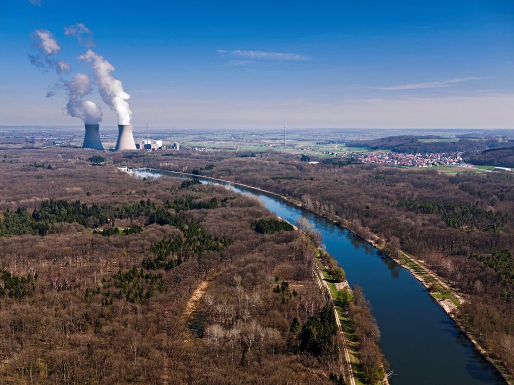 Stock Photo: 1848-665786 Gundremmingen nuclear power plant, Danube river, Swabia, Bavaria, Germany, Europe