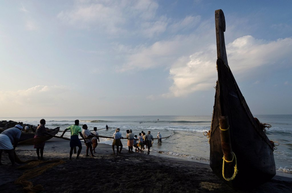 Stock Photo: 1848-666251 Fishermen fishing the traditional way, in a small village at the coast around Varkala, Kerala, India, Asia