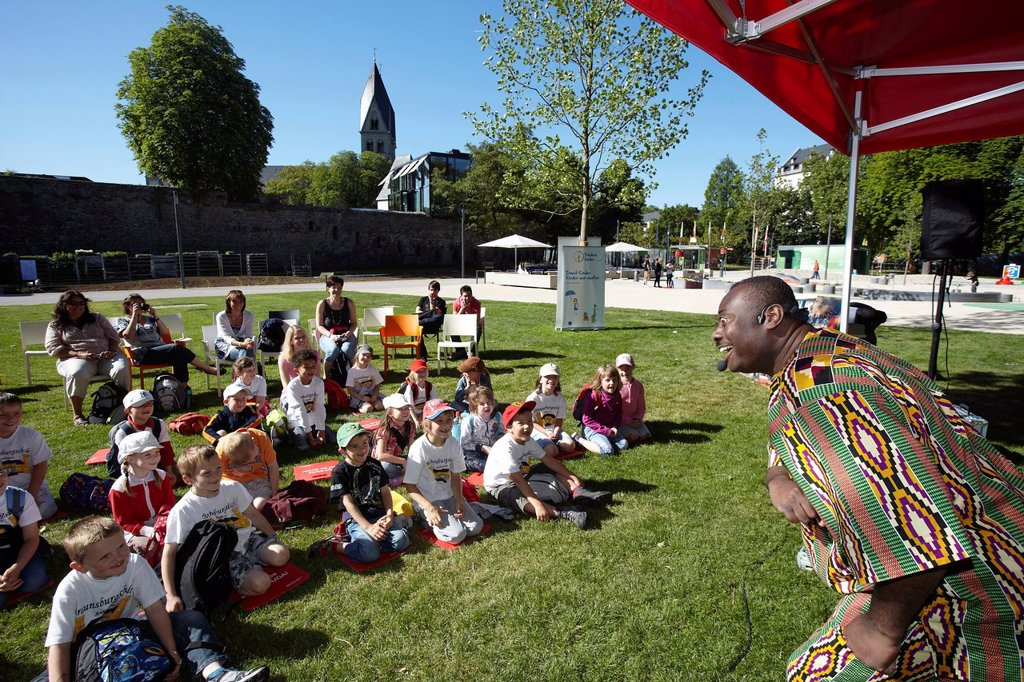 Stock Photo: 1848-666569 Patrick Addai, Ghanaian children´s book author at the Bundesgartenschau, Federal Garden Show, BUGA 2011, Koblenz, Rhineland_Palatinate, Germany, Europe