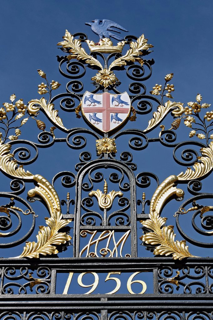 Splendid wrought iron railings with Coat of Arms, College of Arms, historic Institute of Heraldry, London, England, United Kingdom, Europe : Stock Photo