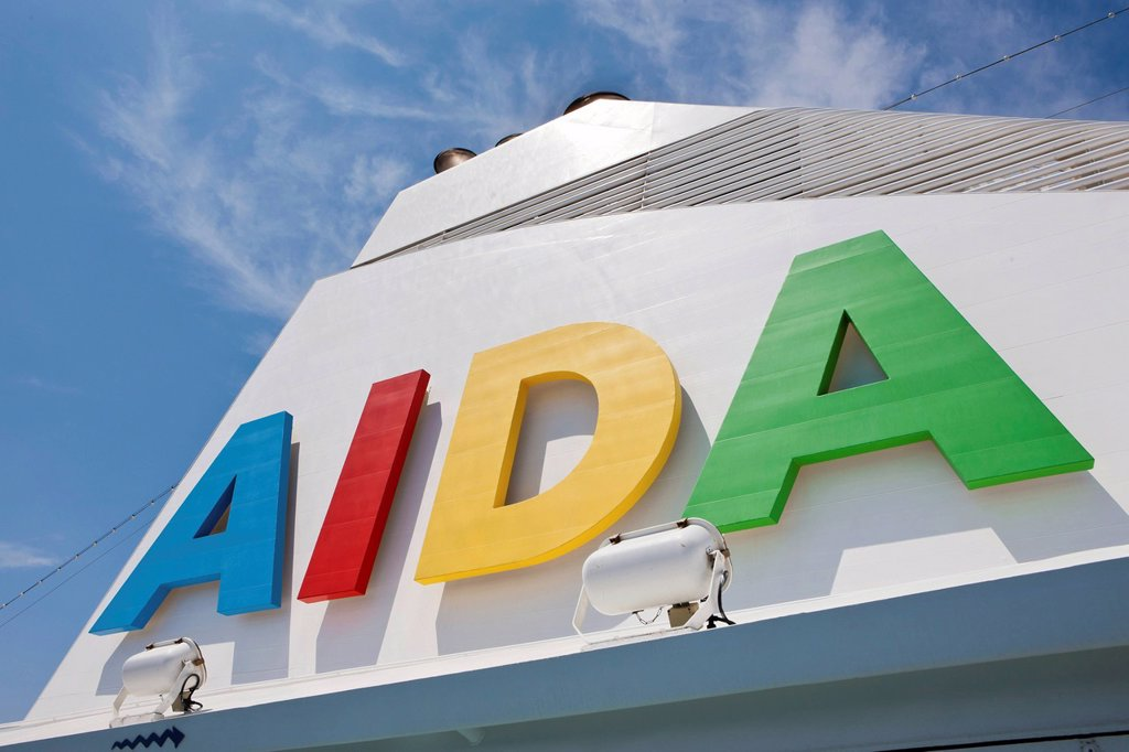 Aida Club Cruiser, logo on the funnel, Majorca, Spain, Europe _ Attention: Restricted right of use! Please ALWAYS contact the press office before publishing this picture: AIDA Cruises, Am Strande 3d, 18055 Rostock, Germany, +49 0 381 / 444_8021, public_re. Aida Club Cruiser, logo on the funnel, Majorca, Spain, Europe _ Attention: Restricted right of use! Please ALWAYS contact the press office before publishing this picture: AIDA Cruises, Am Strande 3d, 18055 Rostock, Germany, +49 0 381 / 444_802 : Stock Photo