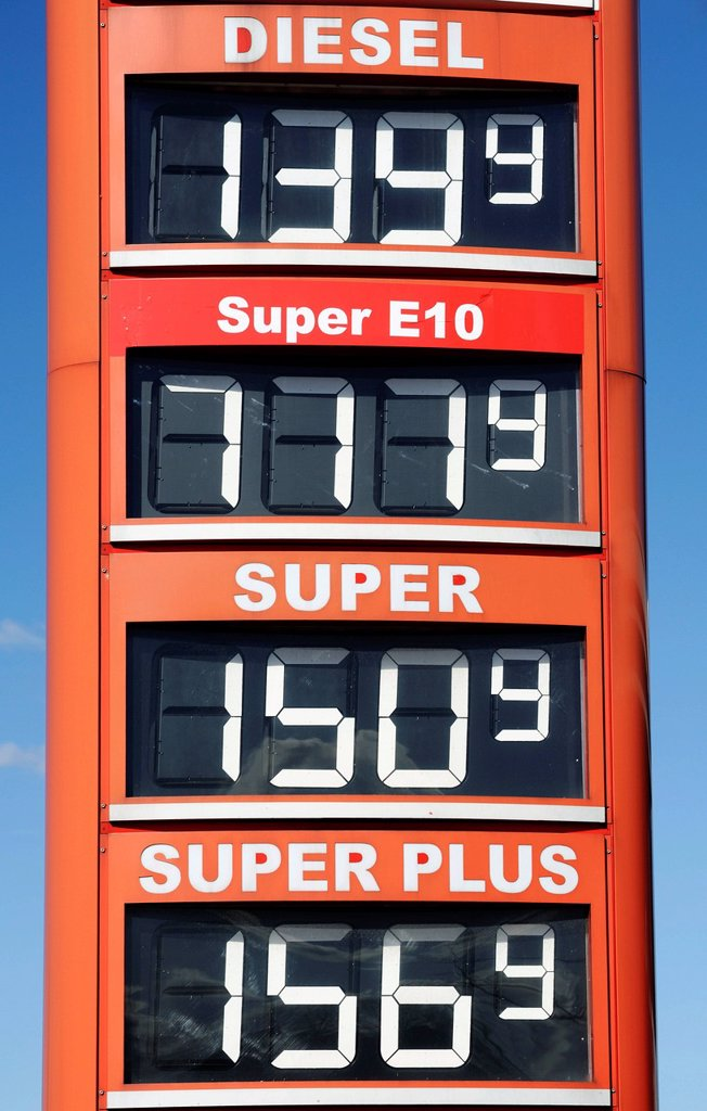 Sales stop of Super E10 gas station in Hamburg, Germany, Europe : Stock Photo