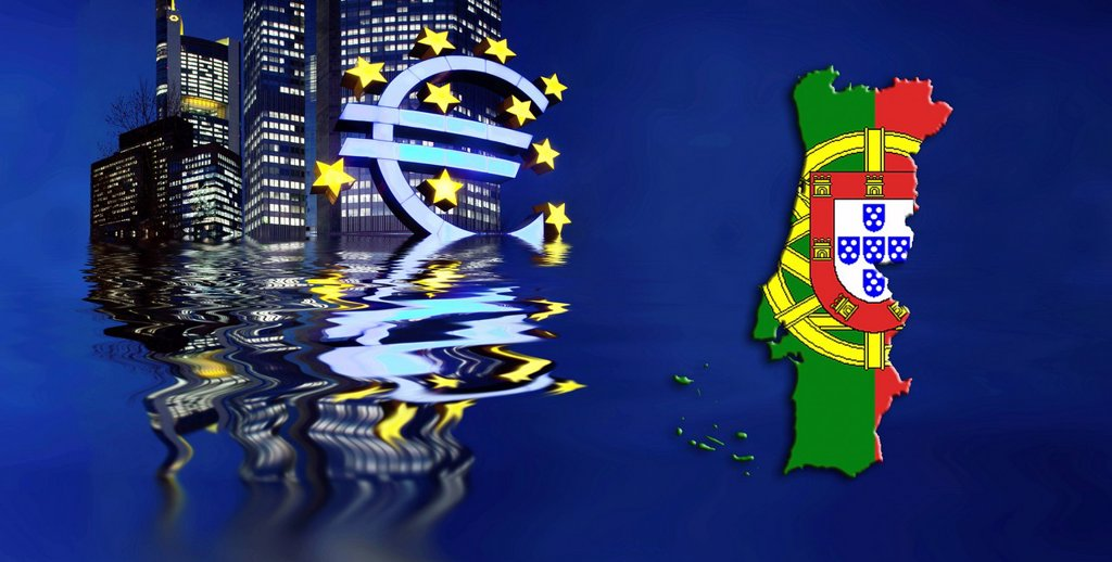 Symbolic image for a sinking euro, Portugal, Portuguese flag, euro sign, ECB, European Central Bank, Frankfurt am Main, Hesse, Germany, EuropeEurope : Stock Photo