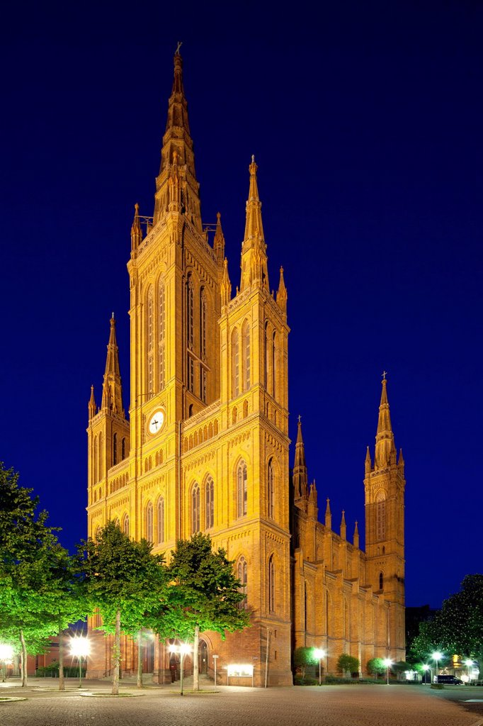Stock Photo: 1848-675840 Marktkirche, Market Church, formerly Nassauer Landesdom, at night, dusk, Wiesbaden, Hesse, Germany, Europe, PublicGround