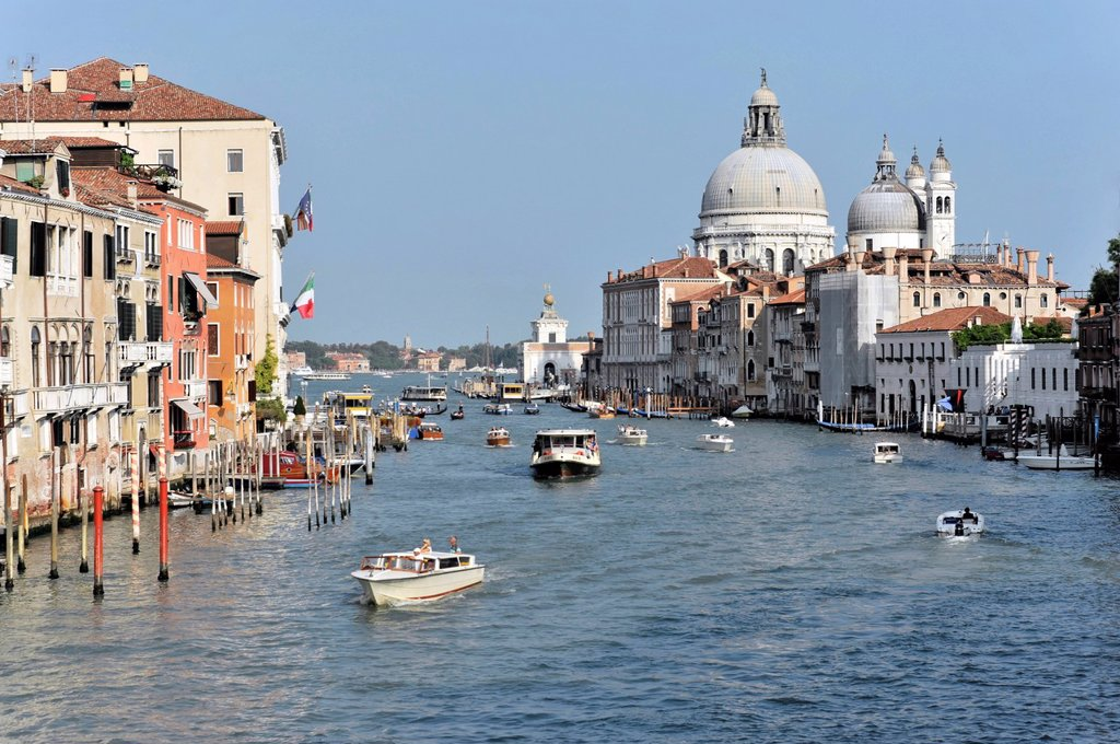 Stock Photo: 1848-676368 Canal Grande, Grand Canal, with Chiesa Santa Maria della Salute church on right, Venezia, Venice, Veneto, Italy, Europe