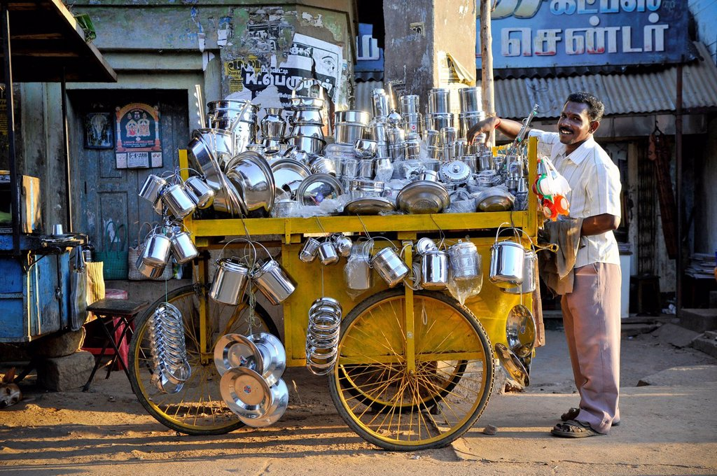Stock Photo: 1848-677885 Dealer with cart full of household goods, Karaikudi, Chettinad, Tamil Nadu, India, Asia
