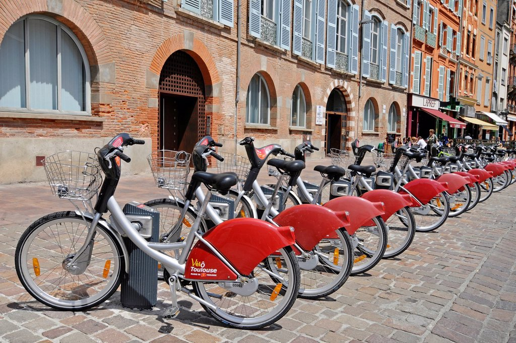 Stock Photo: 1848-678013 Rental bikes, Place Saint Etienne square, Toulouse, Departement Haute_Garonne, Midi_Pyrenees, France, Europe